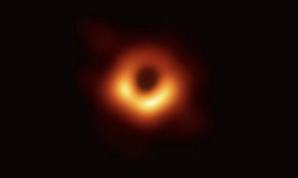 Capturing The First Ever Image Of A Black Hole  – How Sparse Modeling Made It Possible